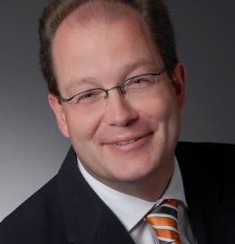 Prof. Dr. Uwe Karst